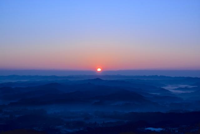 朝日、太陽、夜明け
