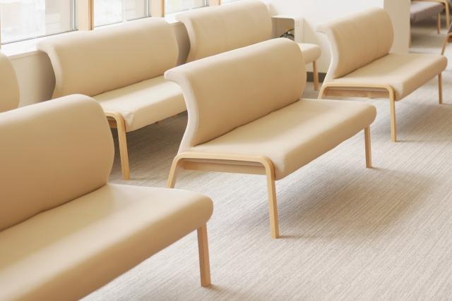 椅子、病院